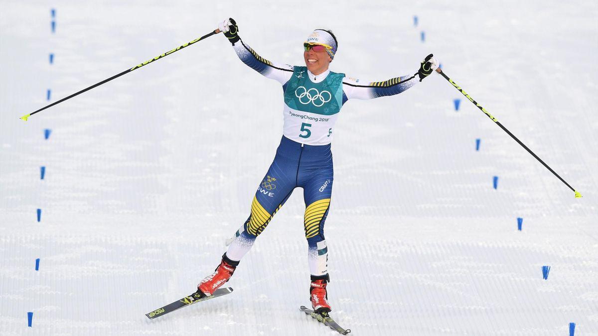 Olympia 2018: Charlotte Kalla aus Schweden siegt im Skiathlon