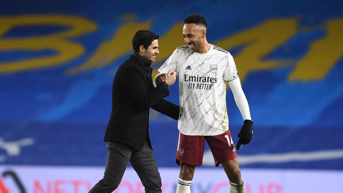Mikel Arteta and Pierre-Emerick Aubameyang