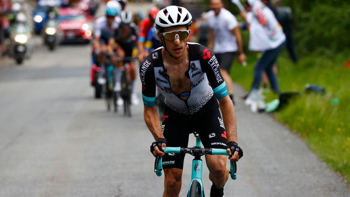 Simon Yates hat die 19. Etappe des Giro d'Italia 2021 gewonnen
