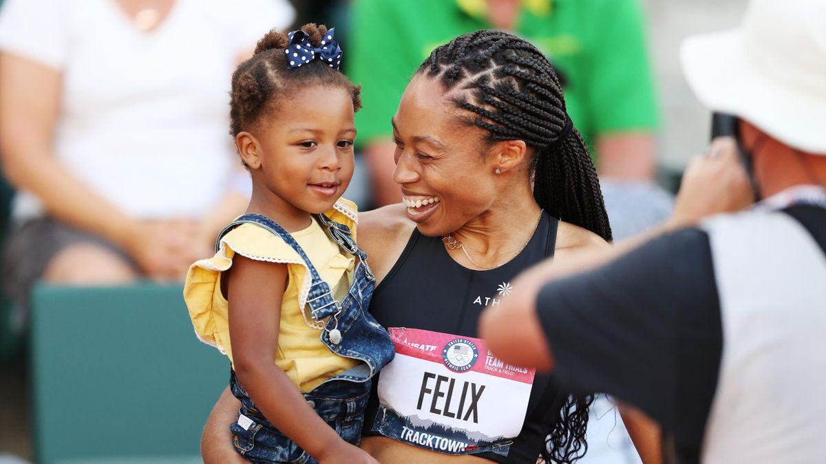 Allyson Felix festeggia con sua figlia Camryn dopo la finale dei 400 mt agli U.S. Olympic Track & Field Team Trials