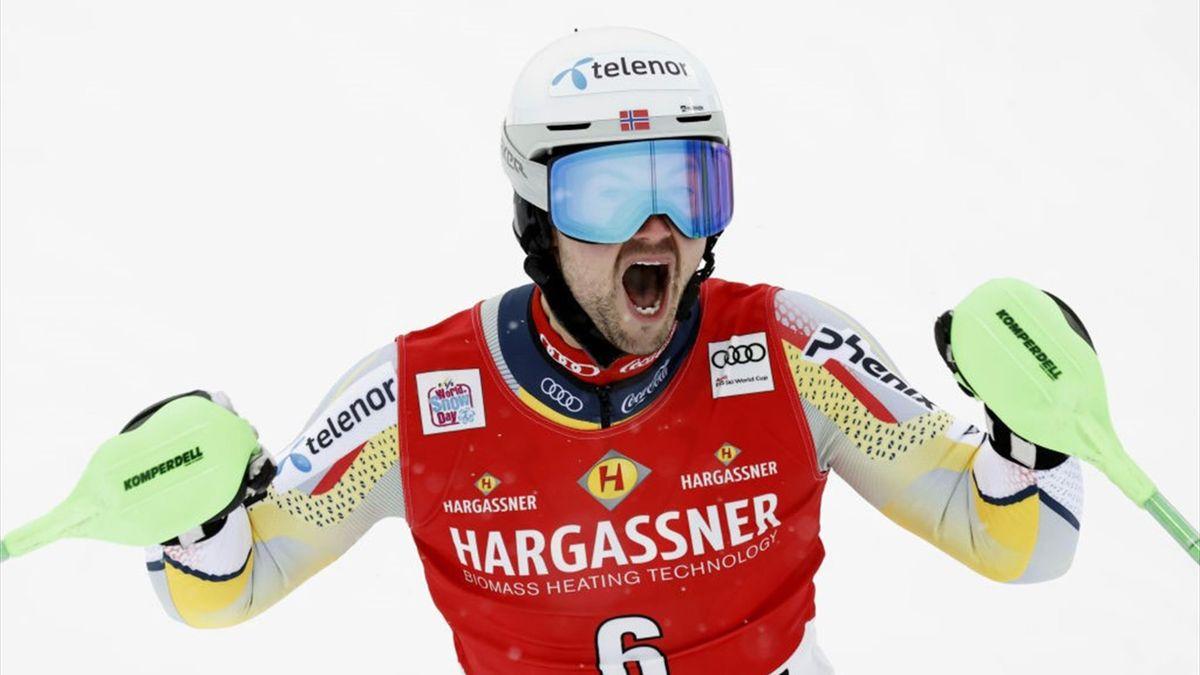 Sebastian Foss-solevaag vainqueur du slalom à Flachau le 17 janvier 2021