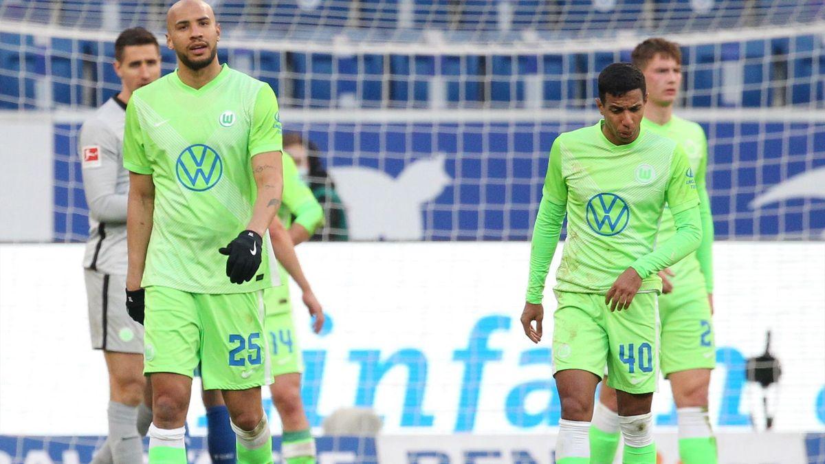 Enttäuschte Spieler des VfL Wolfsburg