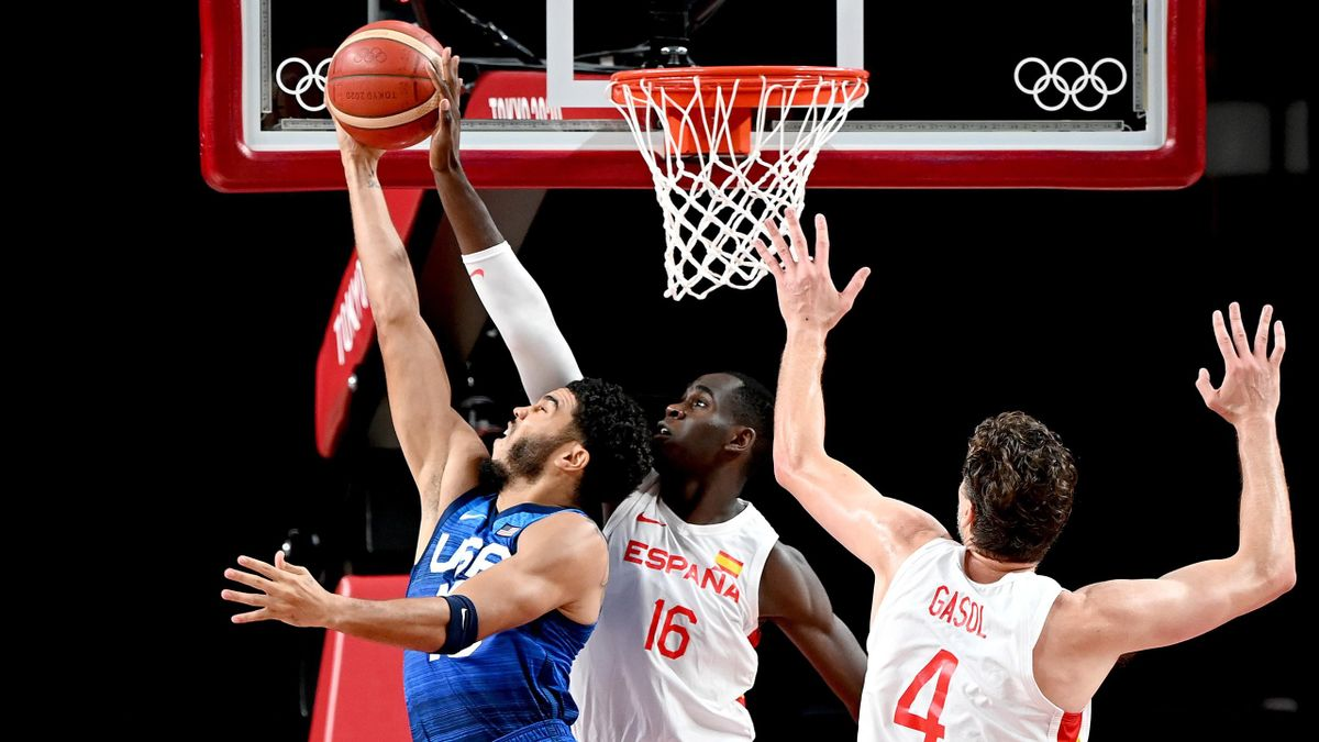 Jayson Tatum of USA and Usman Garuba of Spain challenge for the ball during the quarter final Basketball match between the USA and Spain on day eleven of the Tokyo 2020 Olympic Games at Saitama Super Arena, Tokyo 2020, August 03, 2021