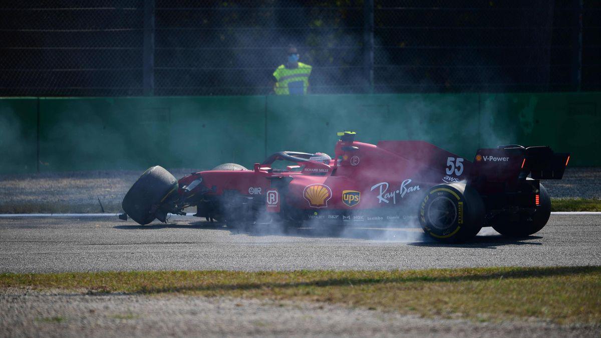 Carlos Sainz (Ferrari) lors de son crash aux essais libres 2 du Grand Prix d'Italie, le 12 septembre 2021