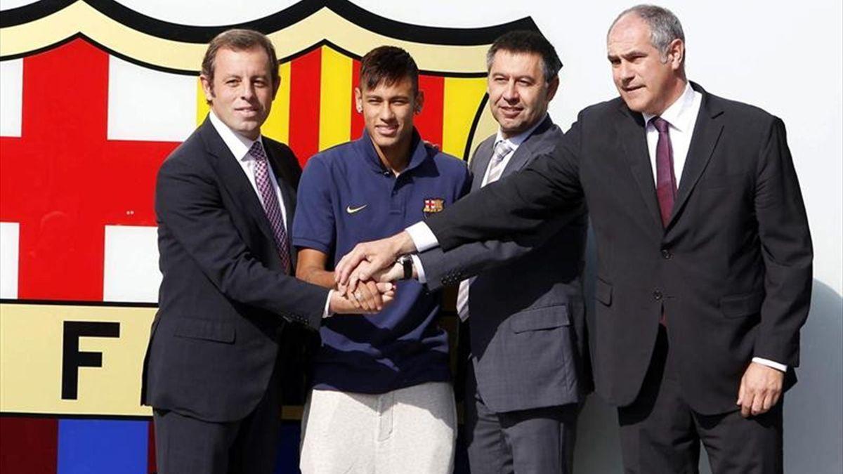 The Presentation of Neymar with Rosell, Zubizarreta and Bartomeu