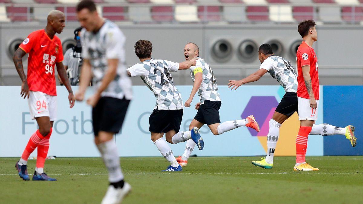 Andrei Iniesta, în meciul Guangzhou Evergrande - Vissel Kobe 1-3, din Liga Campionilor Asiei