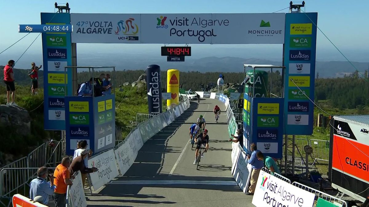 Ineos dominiert am Alto de Foia - Tagessieg für Hayter