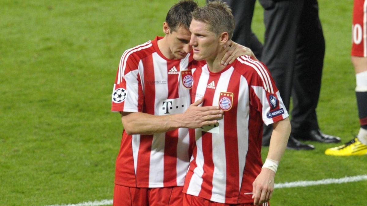 Die enttäuschten Miroslav Klose und Bastian Schweinsteiger.