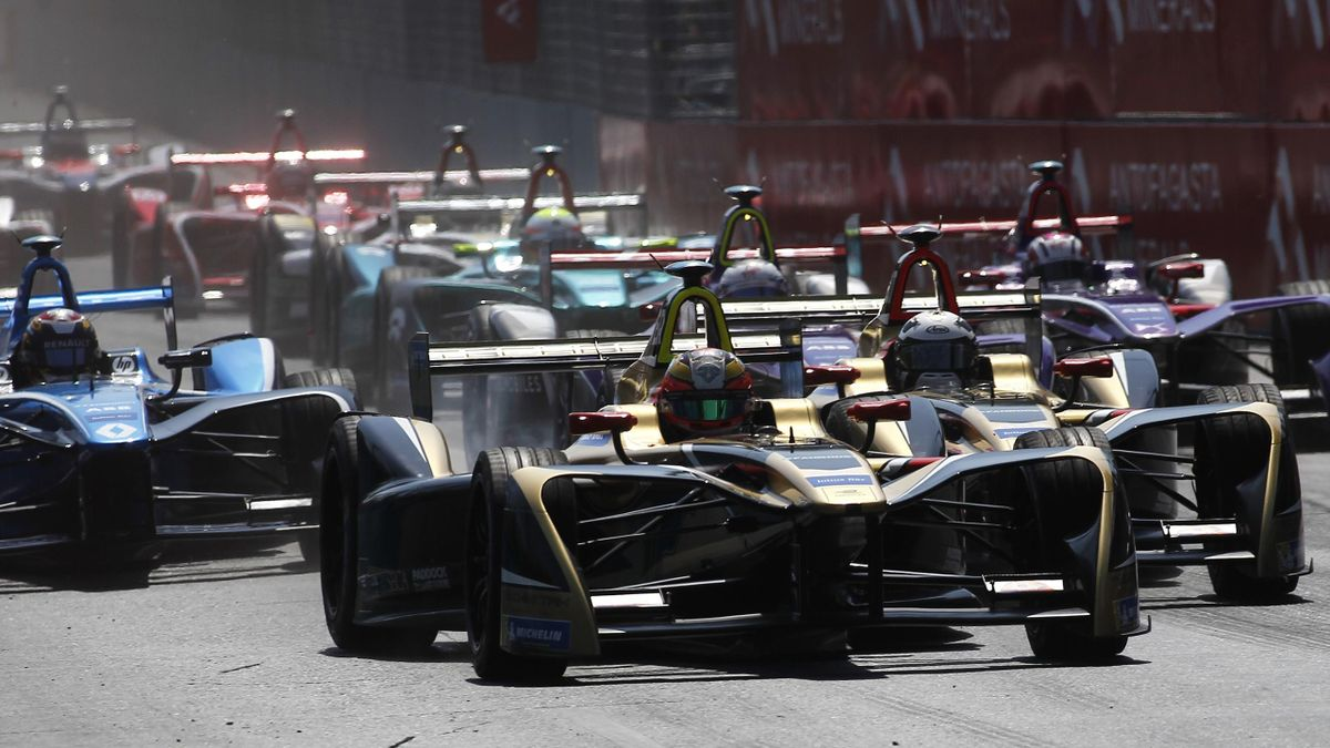 Jean-Eric Vergne of france, Techeetah leads the lap followed by teammate Andre Lotterer of Germany, Techeetah during the ABB Formula-E Antofagasta Minerals Santiago E-Prix on February 3, 2018 in Santiago, Chile