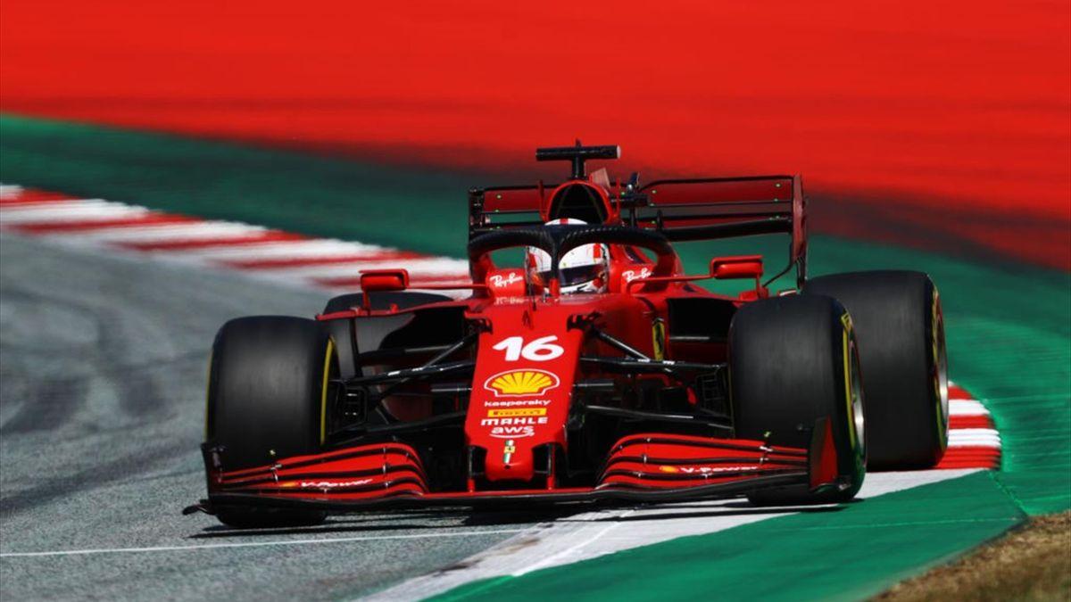 La Ferrari di Charles Leclerc durante le qualifiche del Gran Premio d'Austria di F1 - Mondiale 2021