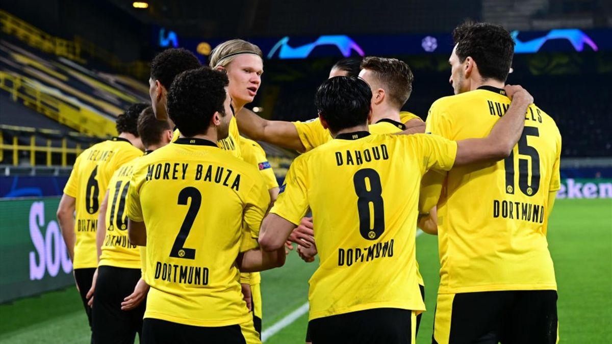 L'esultanza dei giocatori del Borussia Dortmund