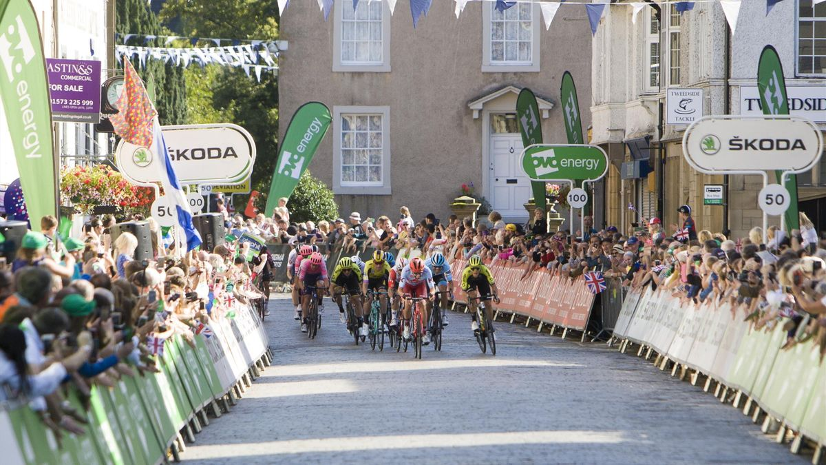 Spectators pack the streets in Kelso, Scottish Borders, at the 2019 Tour of Britain