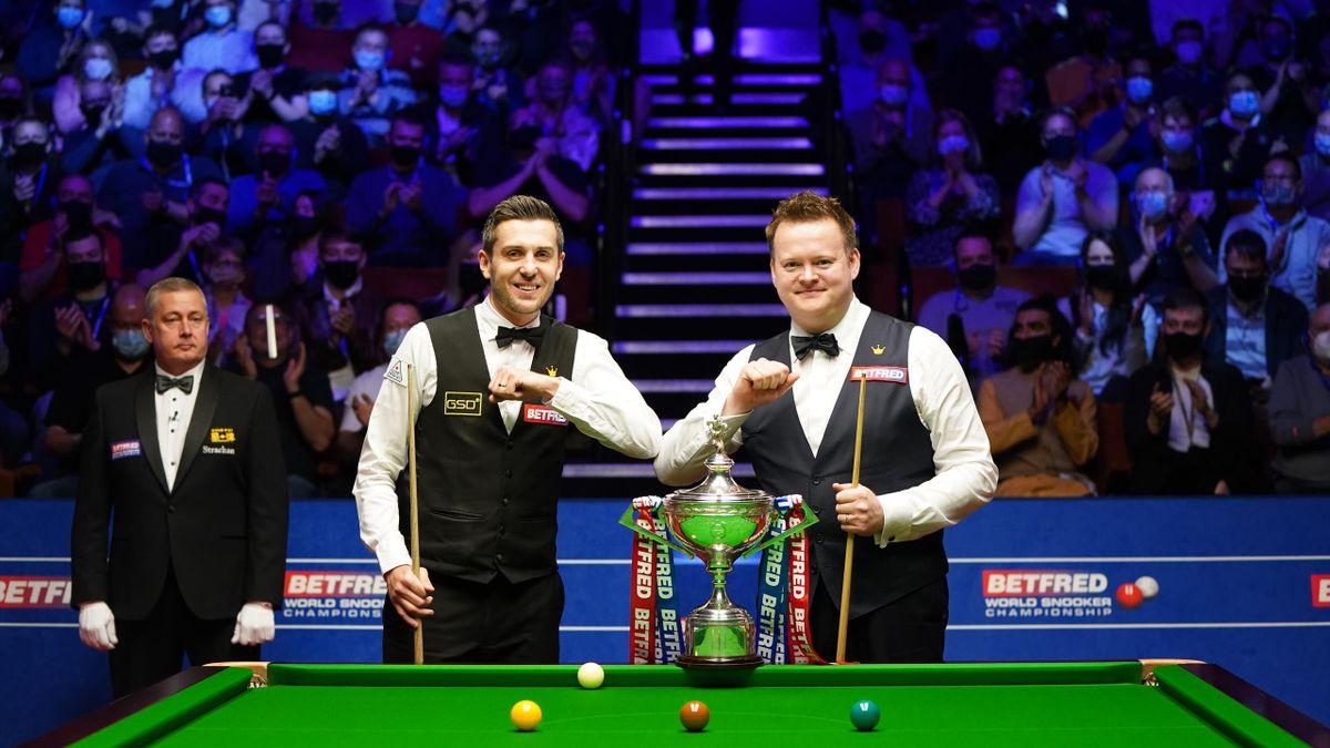 Shaun Murphy (rechts) und Mark Selby spielen im Finale um den WM-Titel