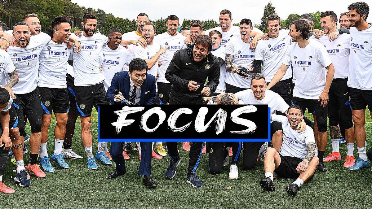 Antonio Conte, Steven Zhang  e i giocatori dell'Inter festeggiano lo Scudetto alla Pinetina, Getty Images