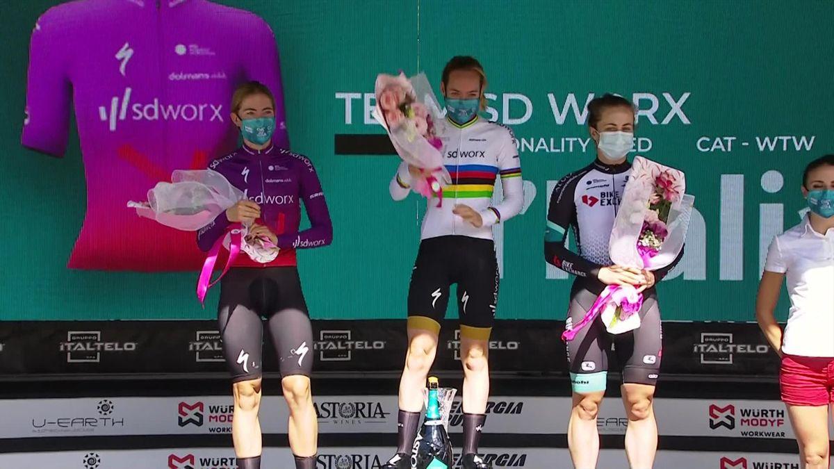 'I am in a very luxury position' - Van der Breggen after Stage 4 win