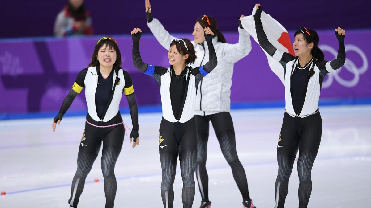 Eisschnelllauf bei Olympia 2018: Japan gewinnt Teamverfolgung