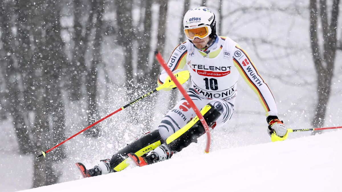 Linus Straßer beim Slalom in Chamonix