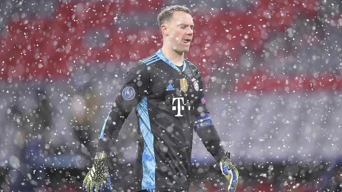 Patzte im Schneeregen von München gegen PSG: Bayern-Torhüter Manuel Neuer