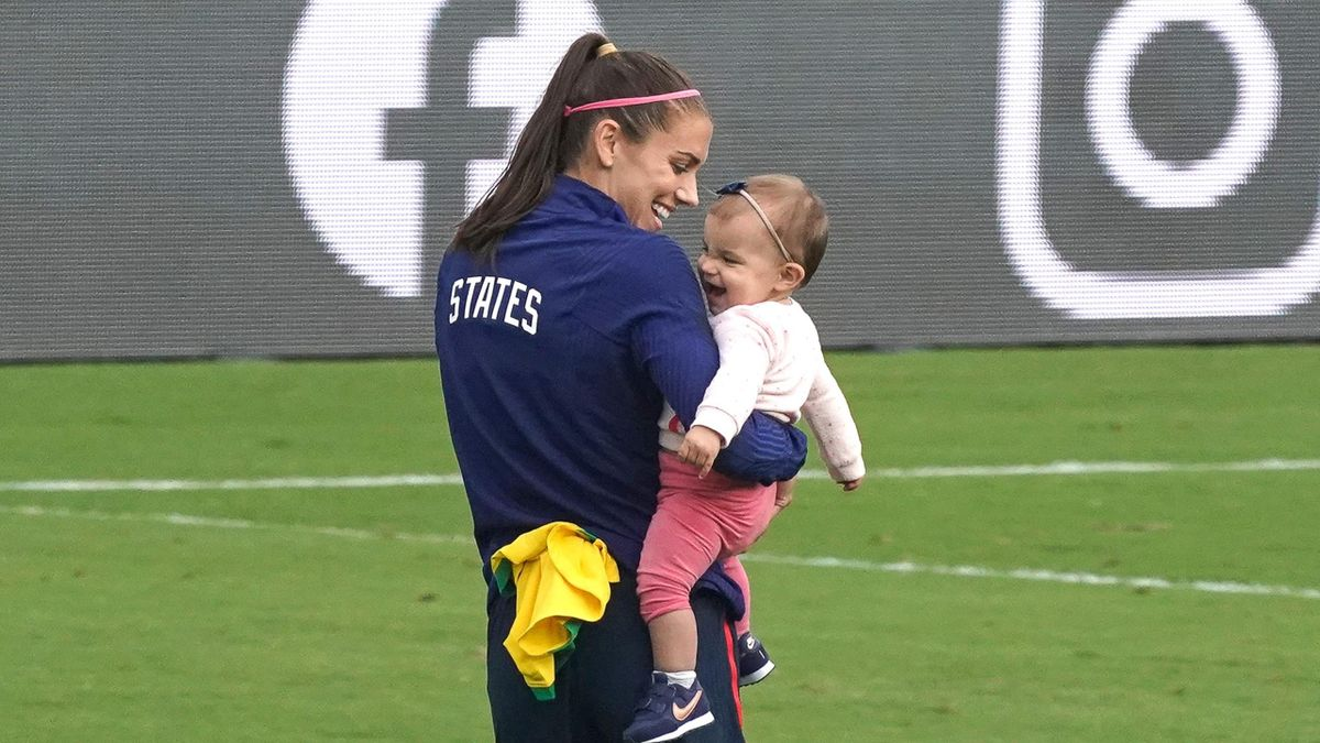 Alex Morgan with her daughter Charlie