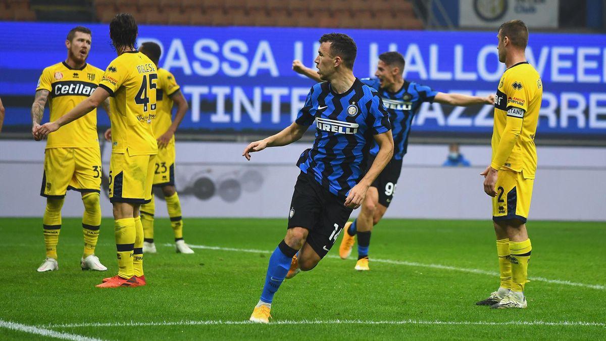 Il 2-2 di Perisic in Inter-Parma