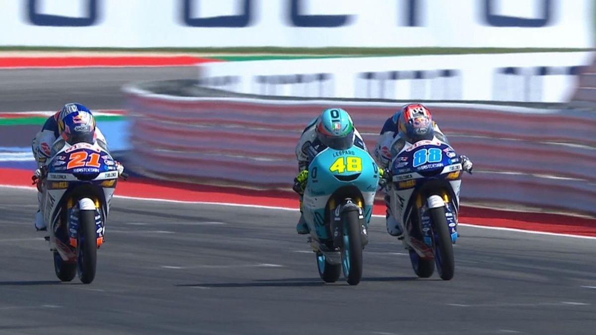 Moto 3 race: Hlts