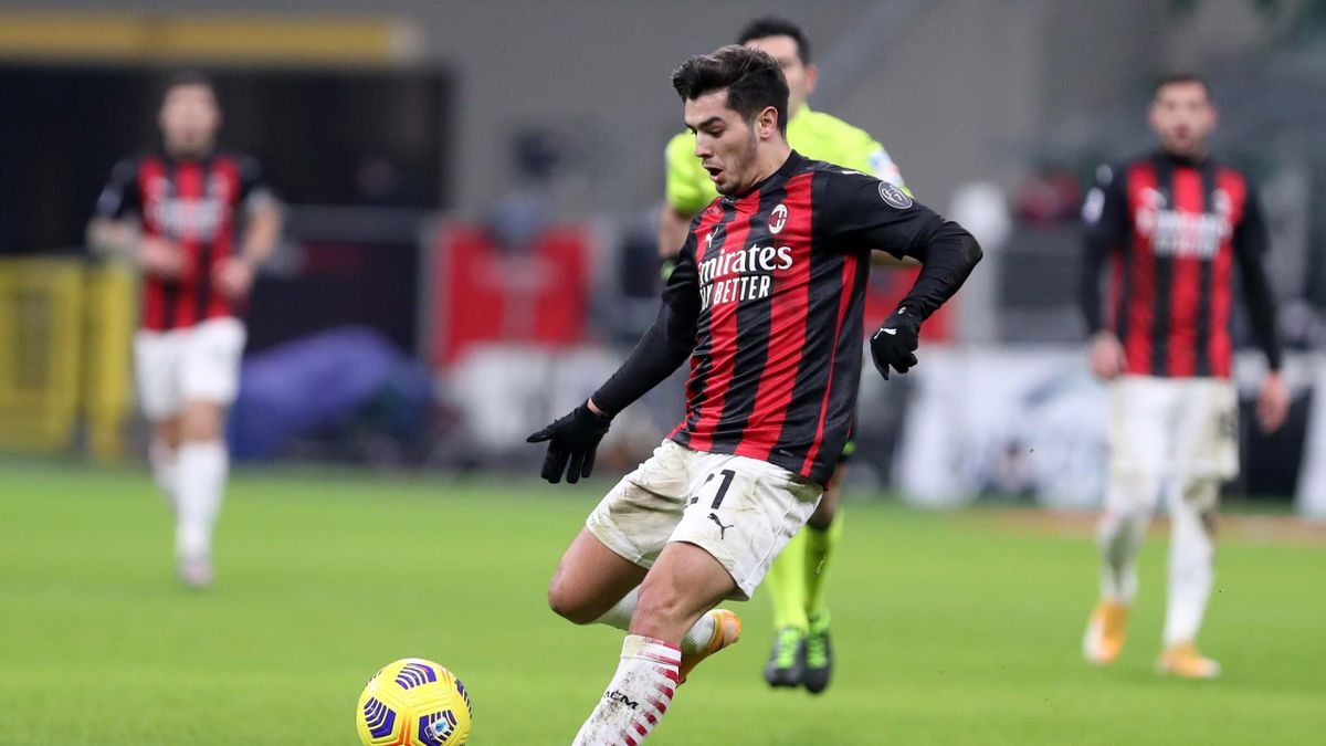 Brahim Diaz con la maglia del Milan