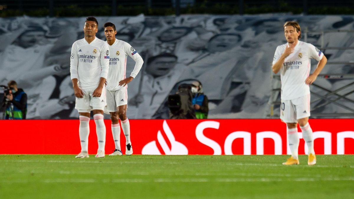 Casemiro of Real Madrid and Luka Modric of Real Madrid