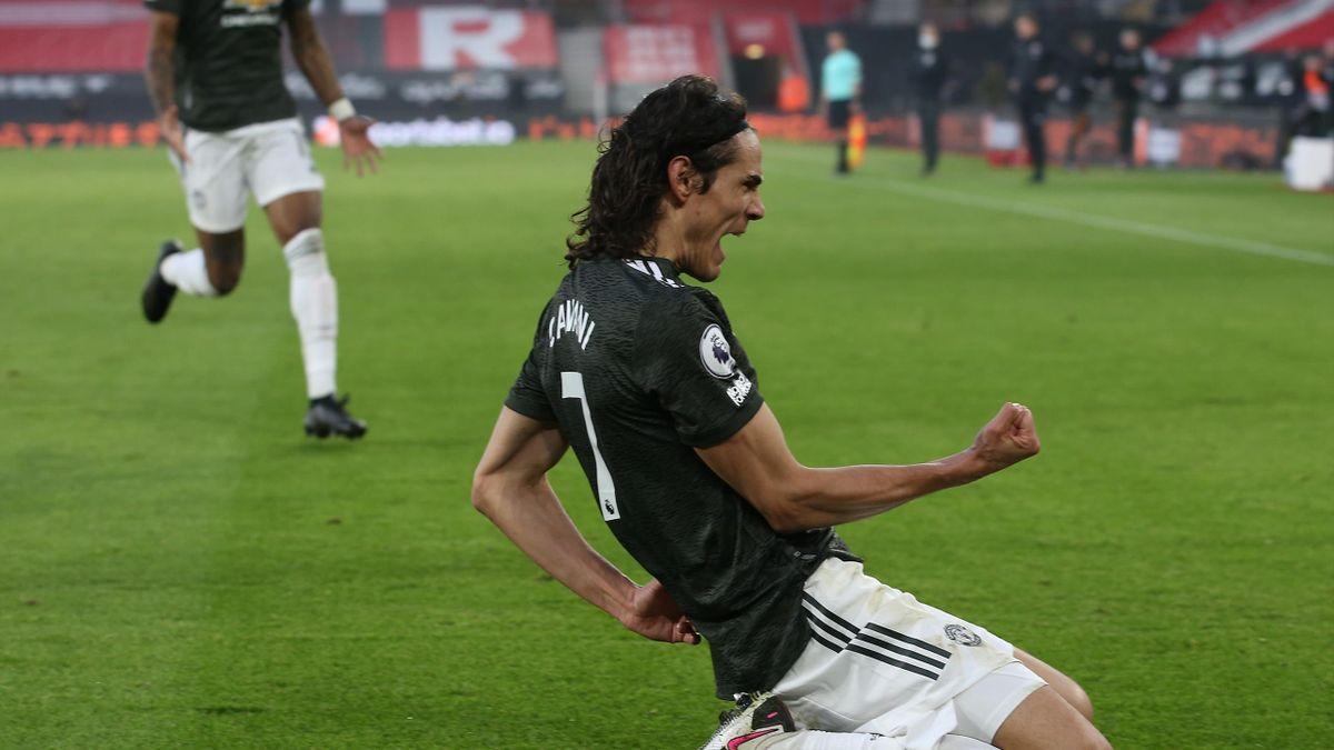 Super sub Edinson Cavani stars as Manchester United roar back to stun  Southampton - Eurosport