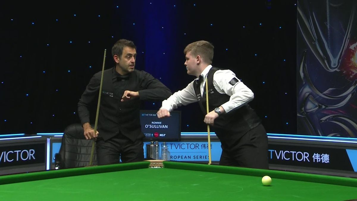 Snooker European Championships: Aaron Hill upsets Ronnie O'Sullivan by 5 frames to 4