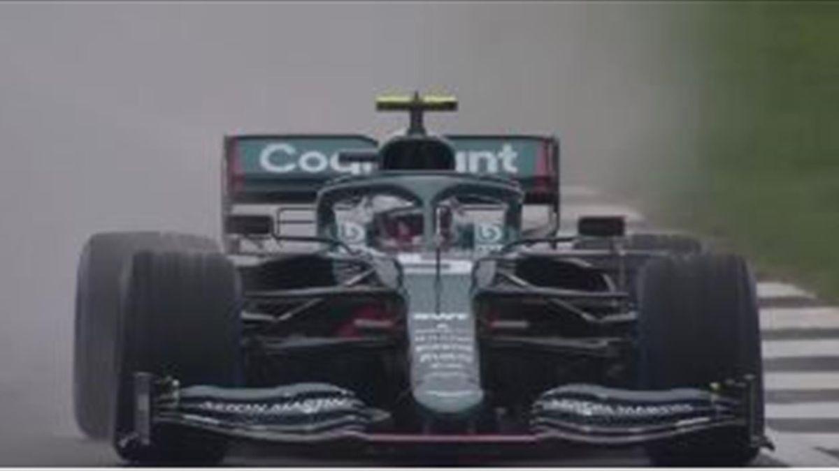 Sebastian Vettel testete den neuen Aston Martin in Silverstone