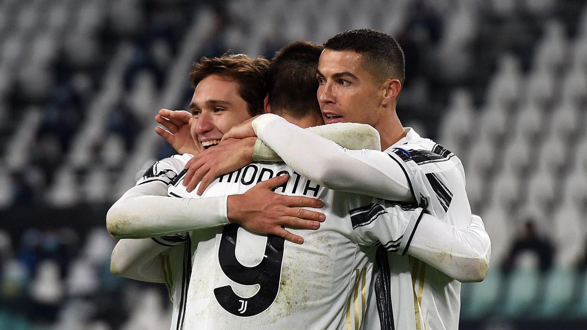 Chiesa, Morata e Ronaldo: la Juventus festeggia la vittoria sulla Dinamo Kiev in Champions League