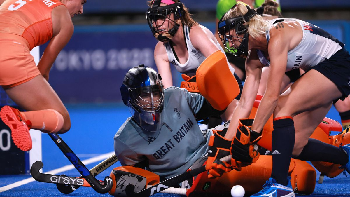 Maddie Hinch made 12 saves but was not able to stop Team GB losing to the Netherlands