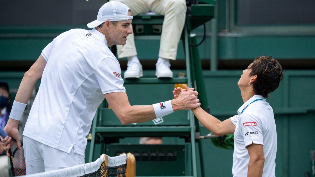 Isner sconfitto da Nishioka a Wimbledon 2021
