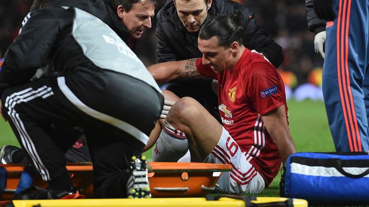 Zlatan Ibrahimovic (Manchester United), touché au genou face à Anderlecht.