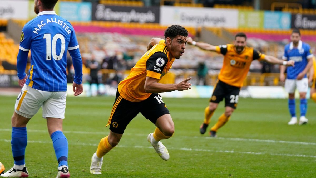 Gibbs-White steals the win for Wolves