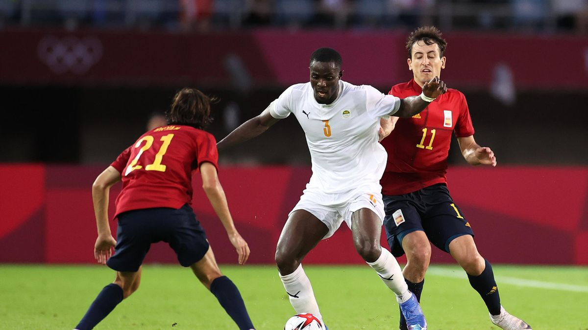 Calamitous Eric Bailly error hands Spain last-gasp equaliser in Olympic football quarter final