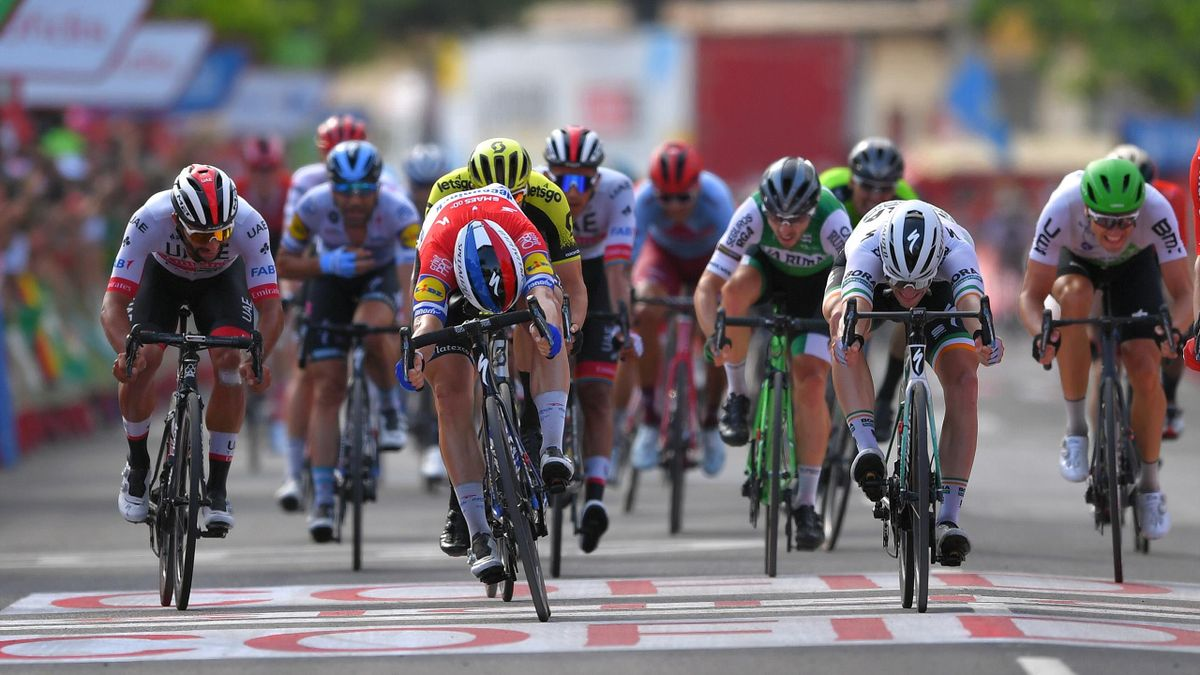 Arrival / Sprint / Fernando Gaviria of Colombia and UAE Team Emirates / Fabio Jakobsen of The Netherlands and Team Deceuninck-QuickStep / Sam Bennett of Ireland and Team Bora-Hansgrohe / Edvald Boasson Hagen of Norway and Team Dimension Data /during the 7