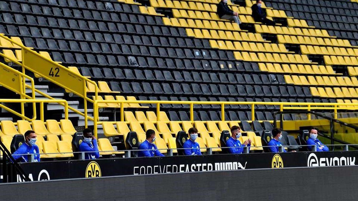 Japonezii vor să evite liniștea care a cuprins stadioanele din Bundesliga