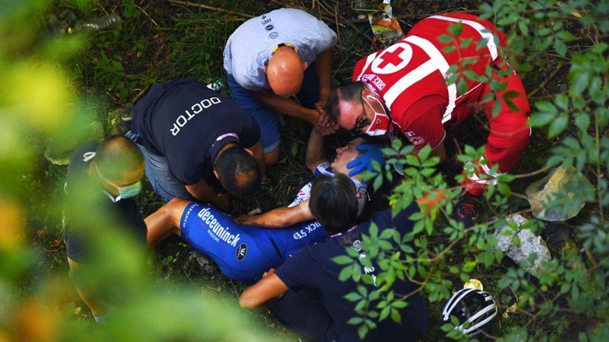 Evenepoel après sa chute au Tour de Lombardie
