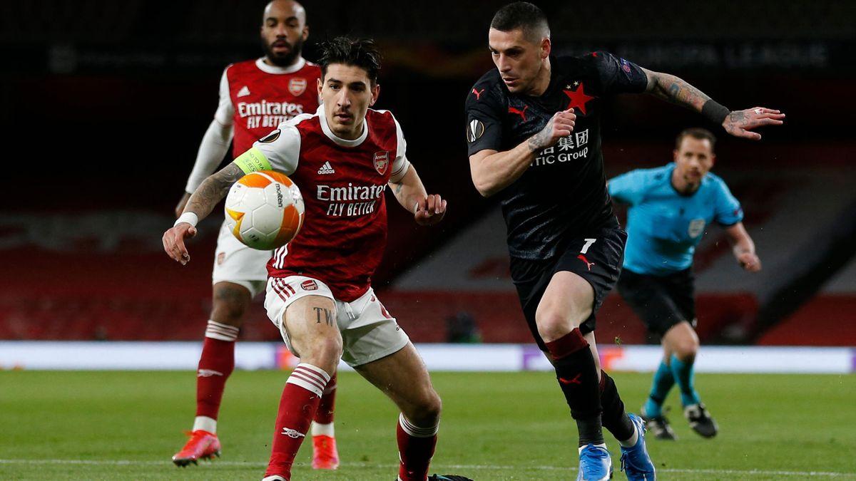 Arsenal - Slavia Praga | Stanciu, în duel cu Bellerin