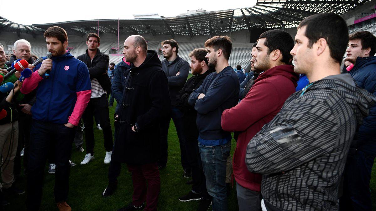 Les joueurs du Stade français sur la pelouse de Jean-Bouin