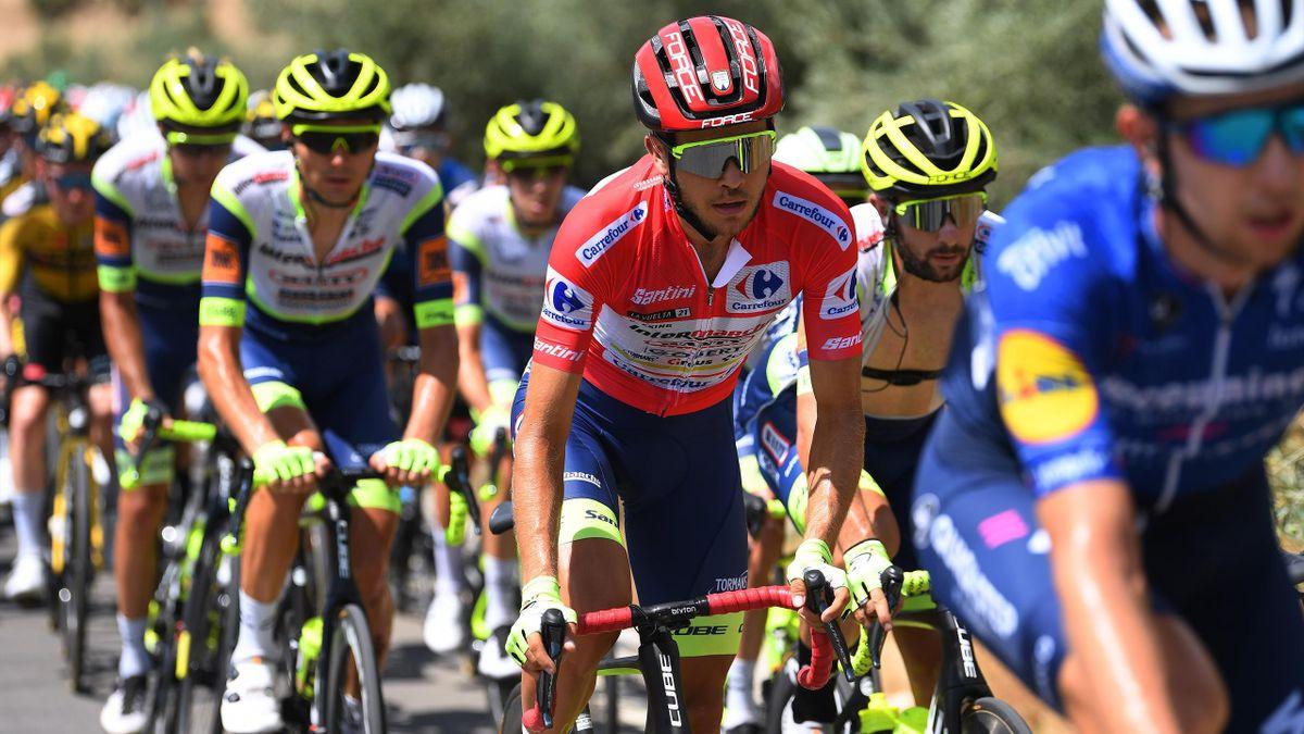 Odd Christian Eiking i rød trøye under 11. etappe av Vueltaen.