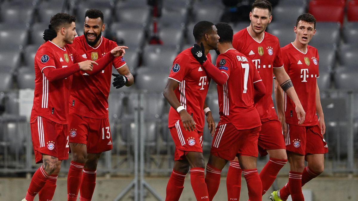 Der FC Bayern jubelt gegen Lazio Rom