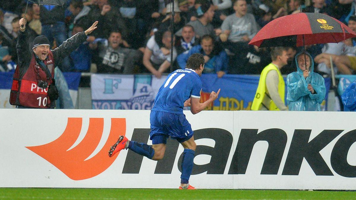 Seleznyov (Dnipro) exulte après son but décisif contre Naples