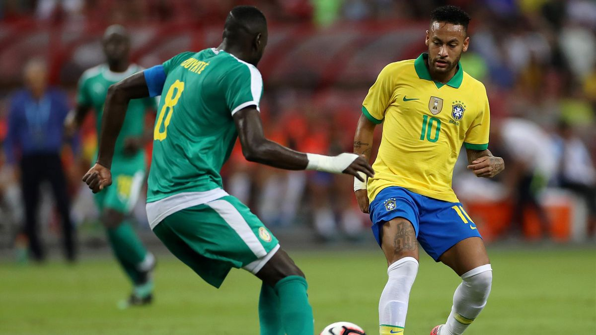 Neymar lors du match entre le Brésil et le Sénégal