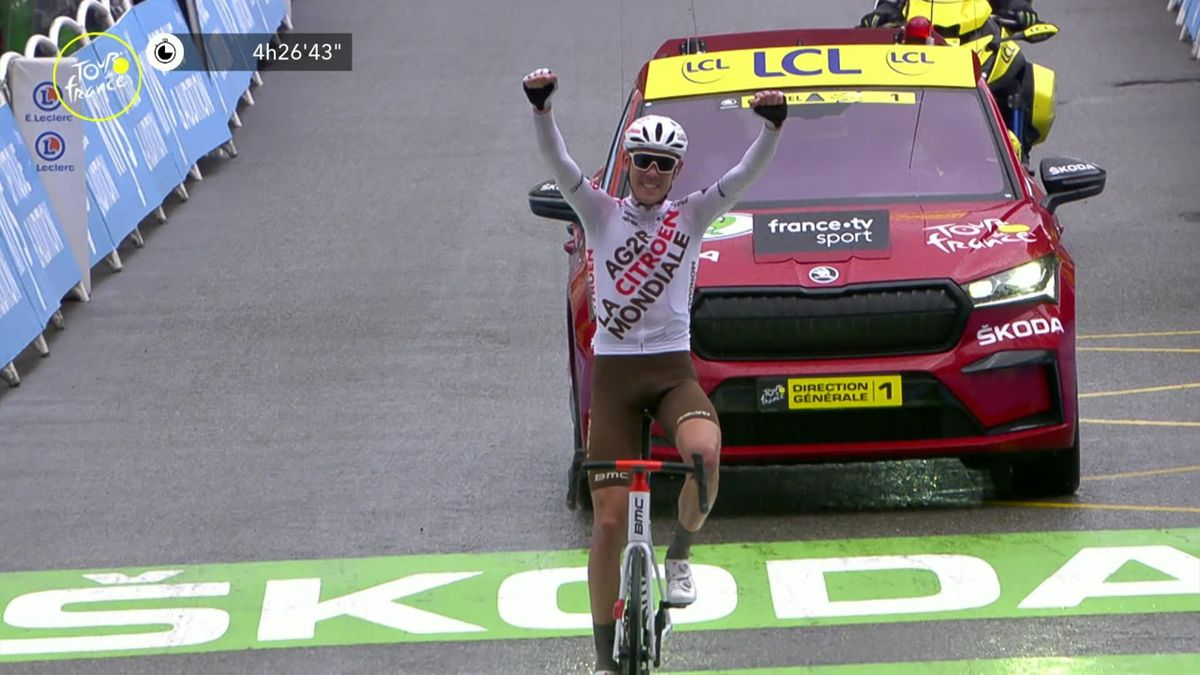 'He's shown no weakness today' - O'Connor wins stage 9 as Pogacar turns it on