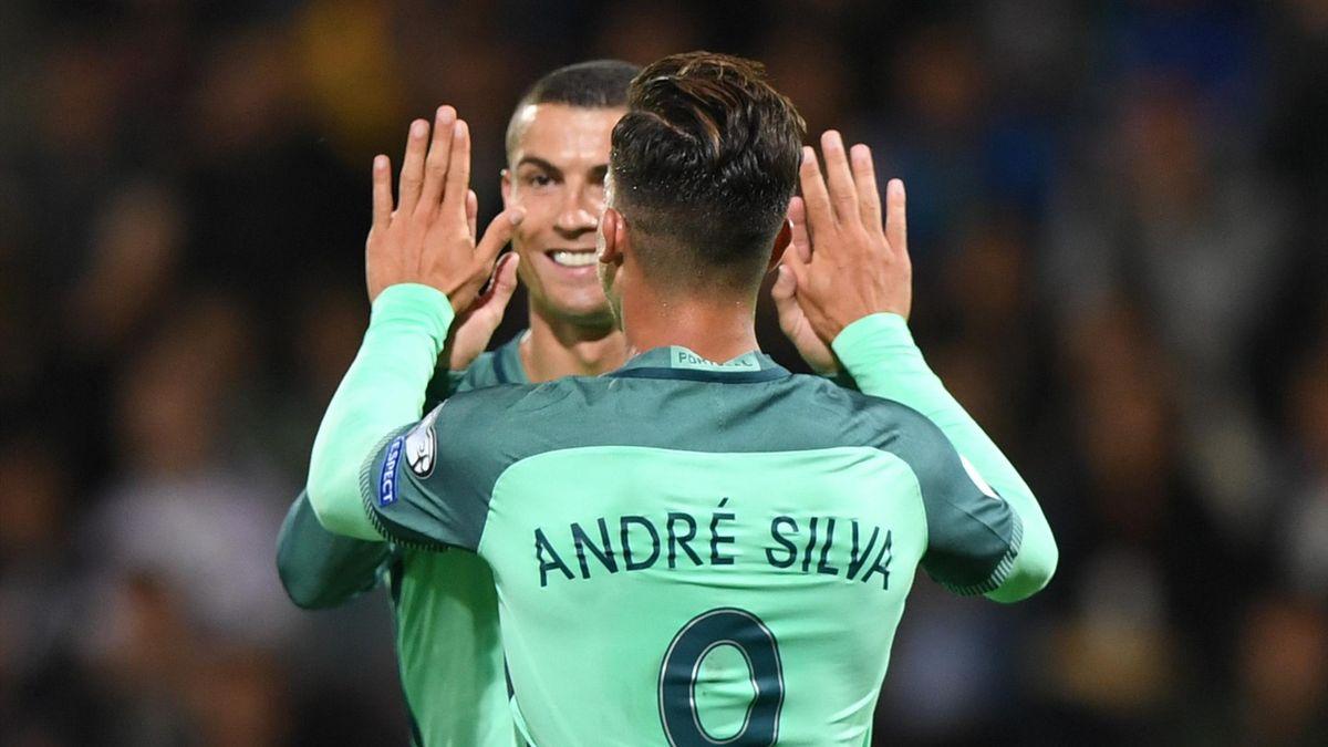 André Silva et Cristiano Ronaldo en sélection du Portugal.
