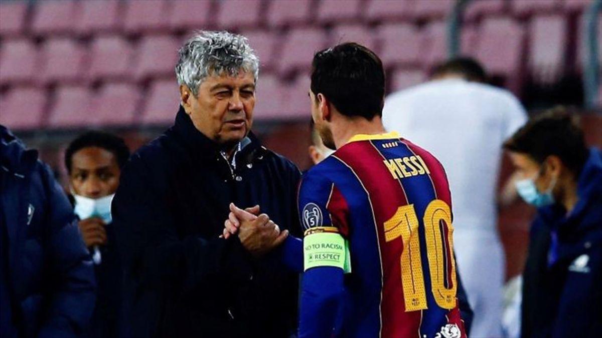 Mircea Lucescu și Lionel Messi, la finalul meciului Barcelona - Dinamo Kiev 2-1, din UEFA Champions League