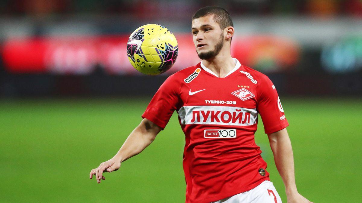 За что «Спартак» отправил Аяза Гулиева в дубль - Eurosport