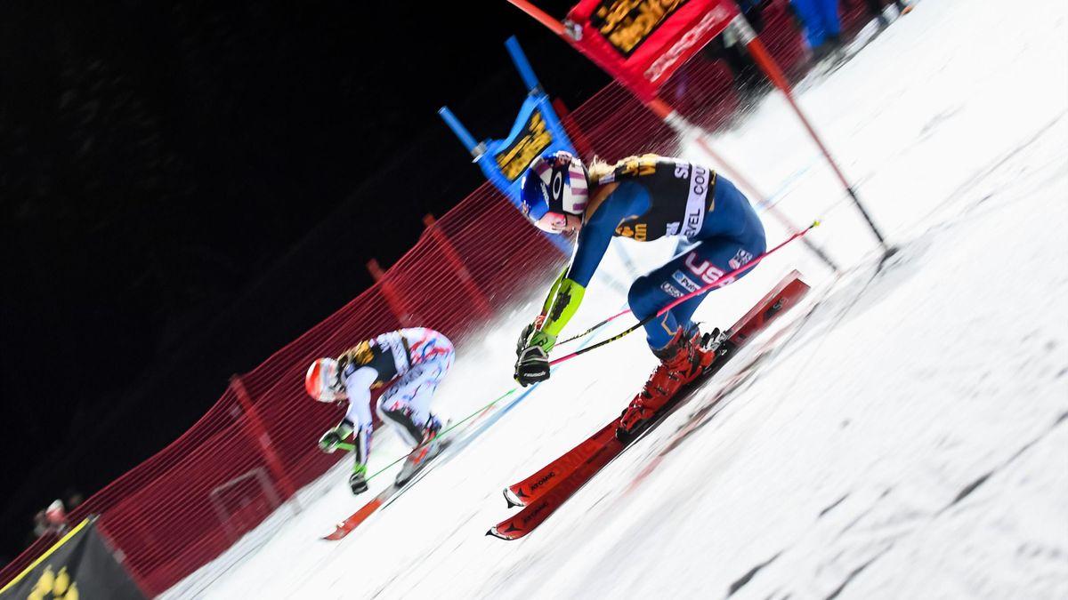 Mikaela Shiffrin face à Petra Hvlova lors du slalom parallèle de Courchevel